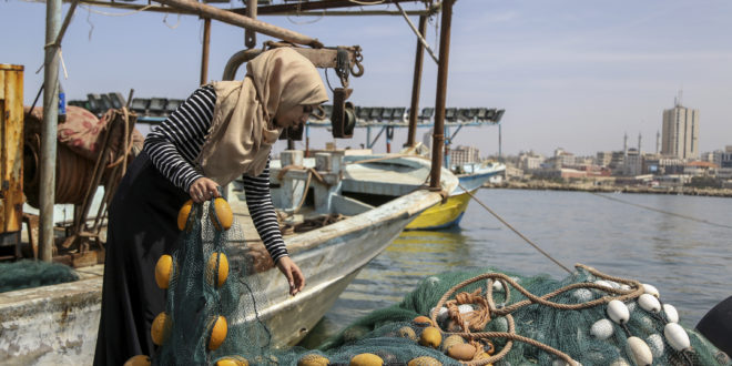 Madleen Kullab, la única pescadora en el mar de Gaza