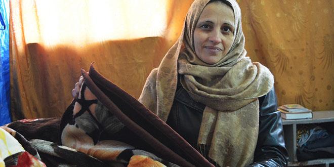 Myasar Othman es cabeza de familia y saca adelante a sus tres hijos