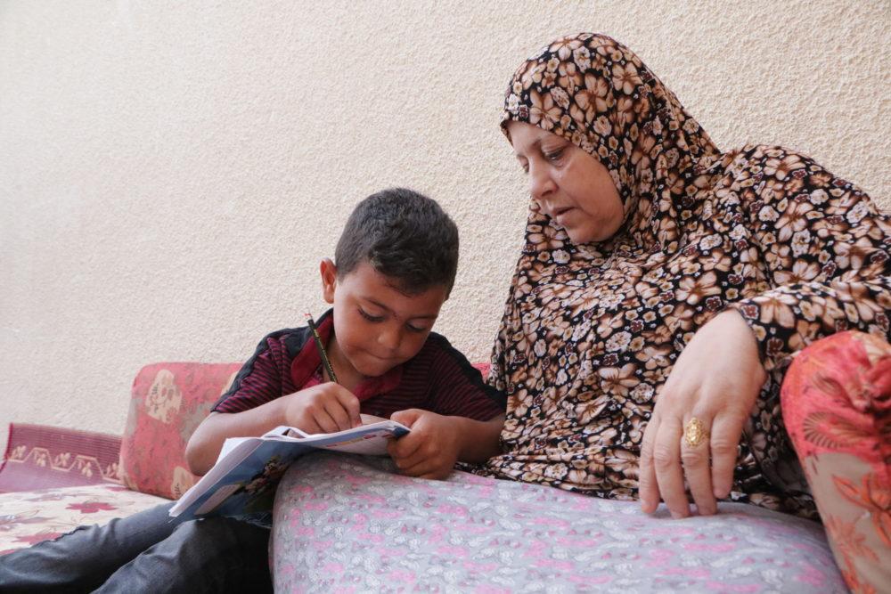 """""""Seguimos viviendo en la misma casa pero sin familia"""". Gaza cinco años después de la ofensiva."""